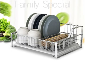 China Stylish Sturdy Wire Basket For Kitchen Storage , LS-907 Ss Kitchen Basket  factory